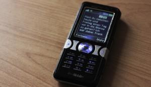 SMS statt Facebook - und ja, das ist mein Handy. (Foto: Frank Krause)